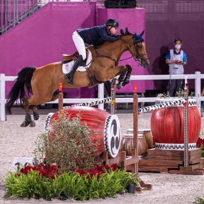 Great Britain qualifies for show jumping team final